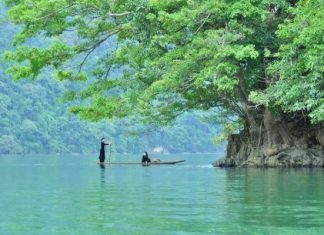 ethnie Tay au lac Ba Be