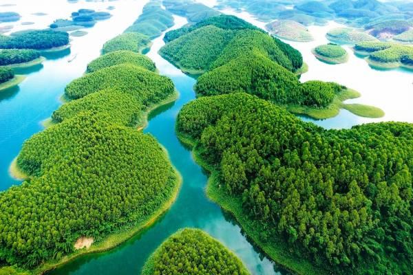 le lac Thac Ba