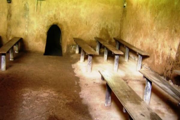 Tunnels Cu Chi Vietnam 5