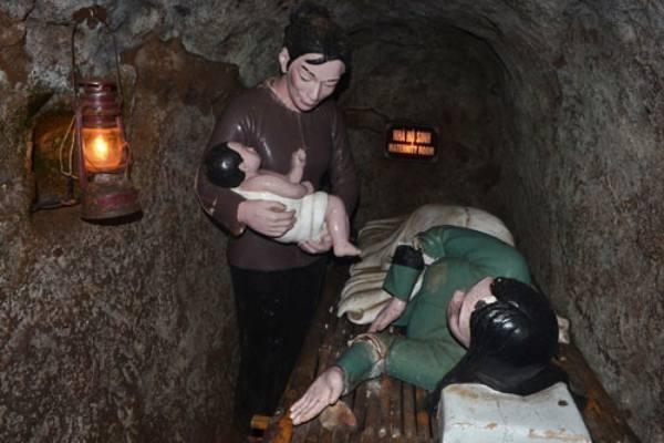 Tunnels Cu Chi Vietnam 6