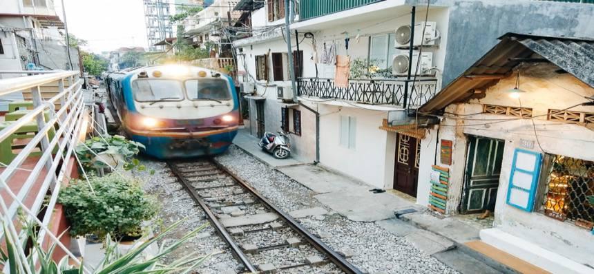 Rue du train de Hanoi 1
