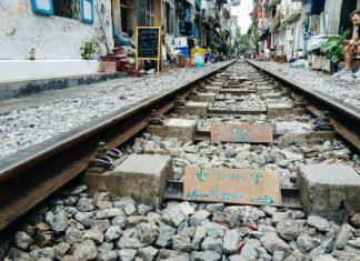Rue du train de Hanoi