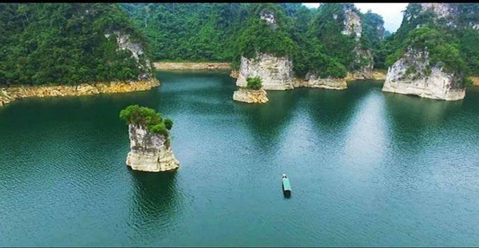 Lac Na Hang 2