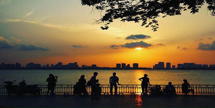 3 rues connues du vieux quartier Hanoi 2